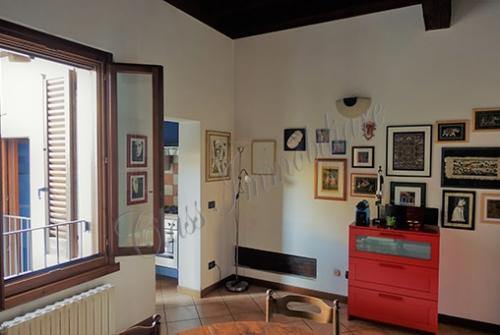 Casa mantovana laterale via Frattini