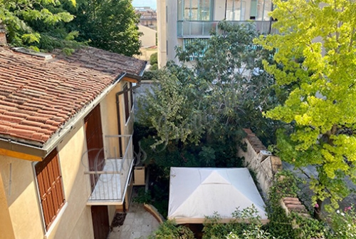 Signorile appartamento di 165 mq. zona via G.Romano