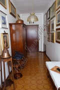 Appartamento di 150 mq. con suggestiva vista sul Rio