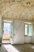 Zona via Accademia prestigioso appartamento con stupenda loggia
