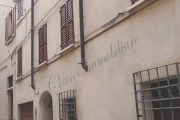 Casa mantovana con garage zona Via Calvi