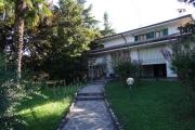Signorile villa di ampia metratura con ampio giardino a Porto Mn