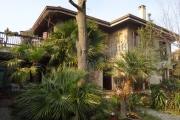 Villa di charme con ampio giardino comoda al centro